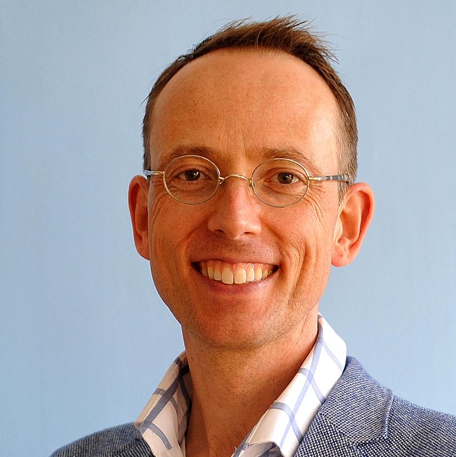 Dr. Casper P. Bots, hoofdredacteur